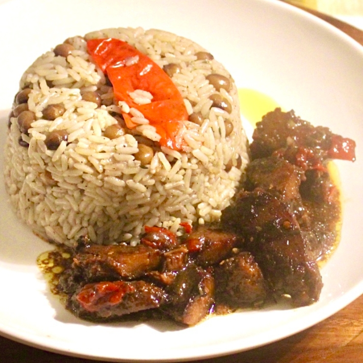 Rice And Pigeon Peas With Vegan Brown Stew Chicken